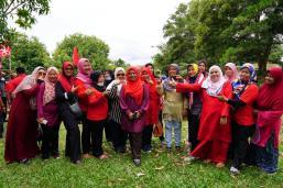 Program Menyantuni Masyarakat